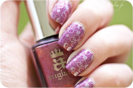 Nail art briar rose stamping