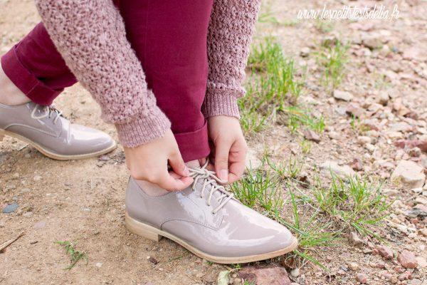 chaussures vieux rose avec jolis lacets